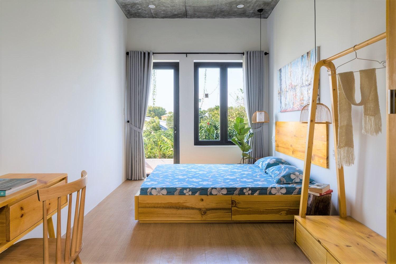 thiết kế cửa sổ phòng ngủ